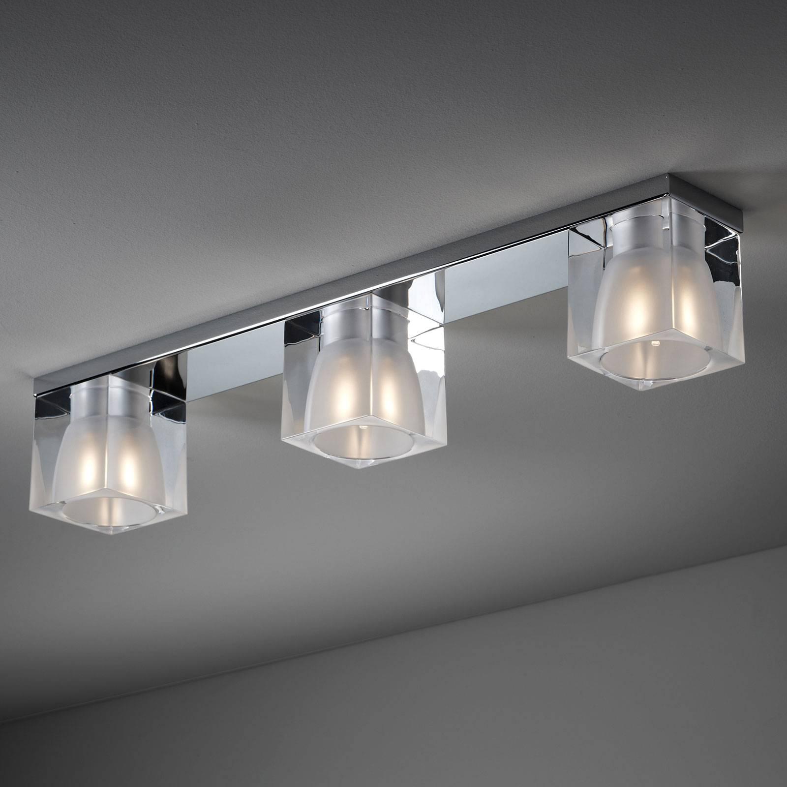 Fabbian Cubetto -kattovalaisin 3-lamp. G9 kirkas
