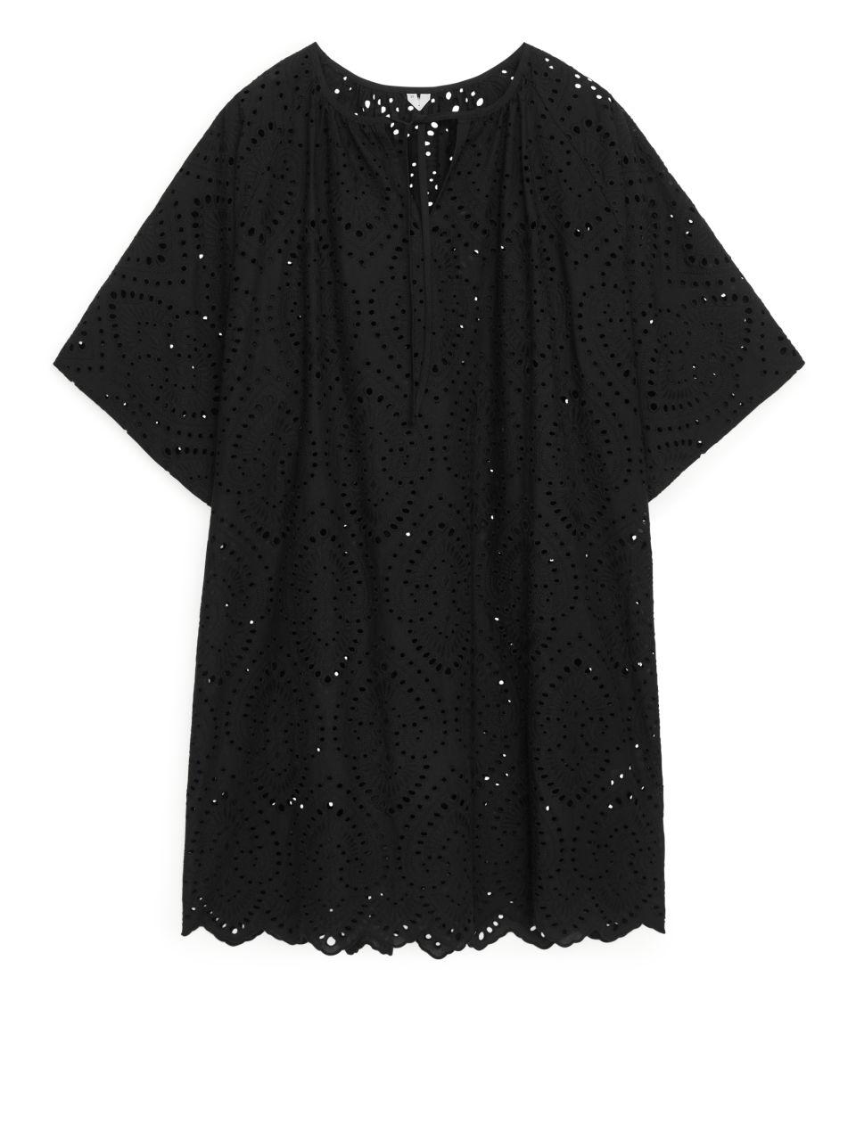 Broderie Anglaise Kaftan Dress - Black