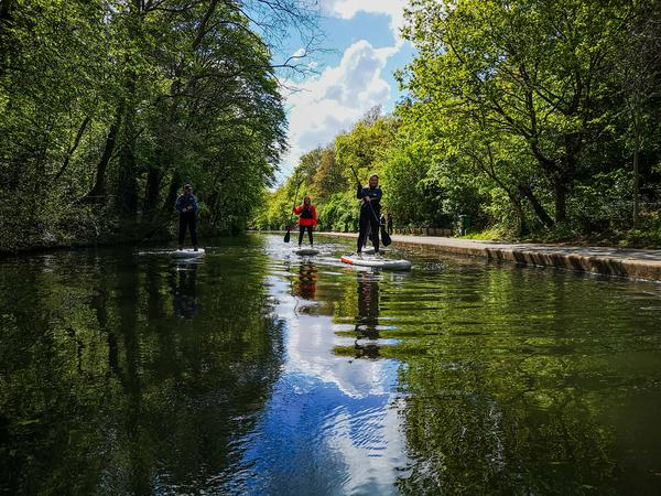 Learn to Paddle Board through London - Private - For Two