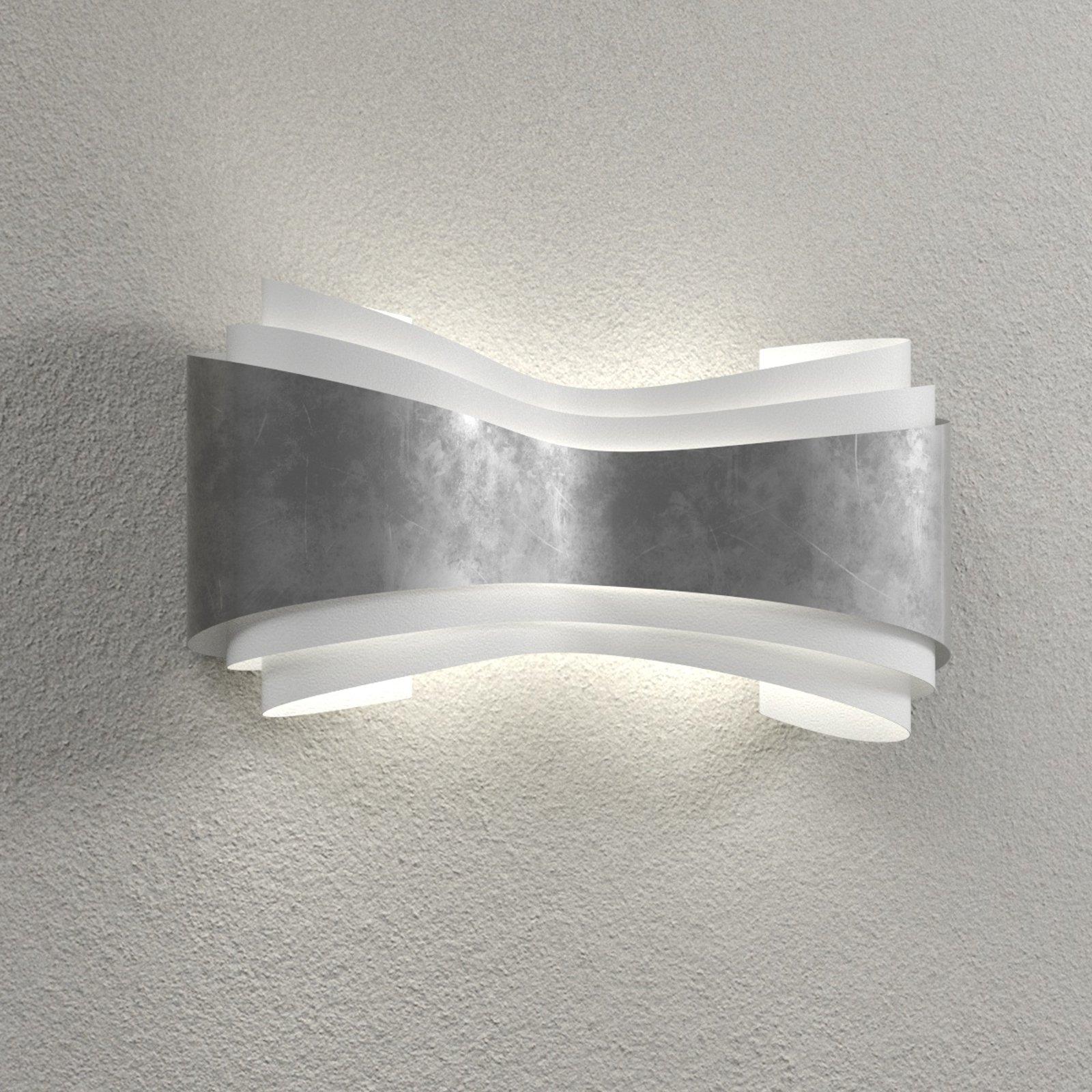 Ionica – LED-vegglampe med bladsølv