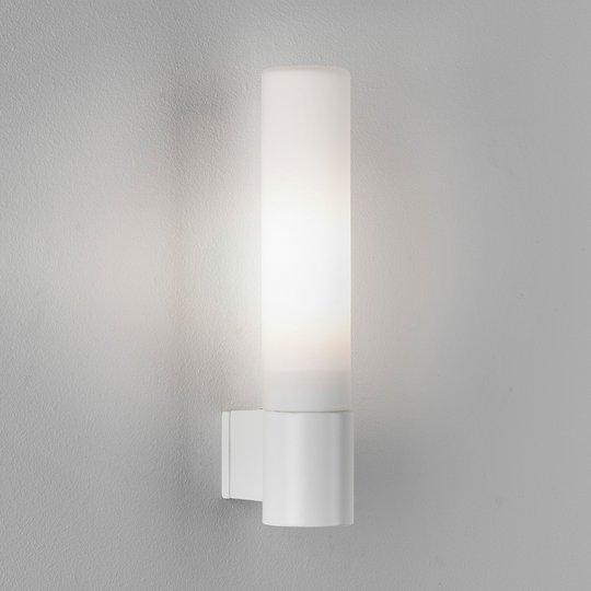 Astro Bari - kylpyhuoneen seinävalo, valkoinen