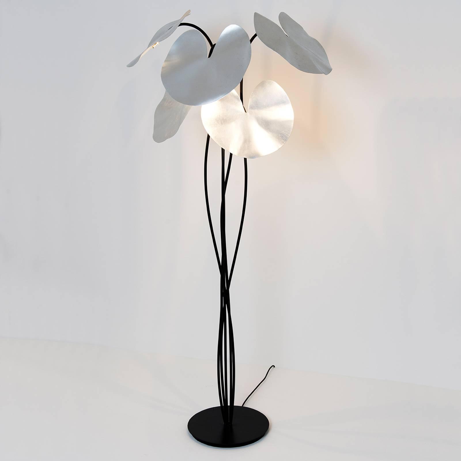 LED-lattiavalo Controversia, hopeinen varjostin