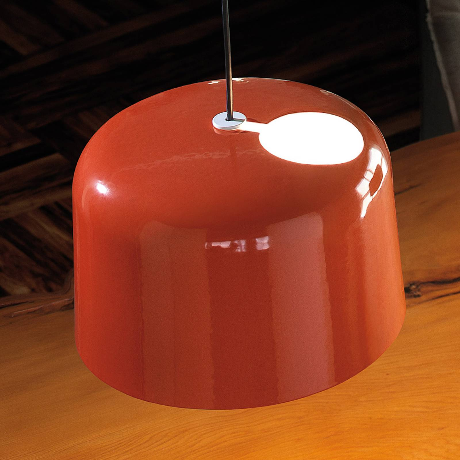 Kiiltävän oranssi keraaminen riippuvalaisin Add