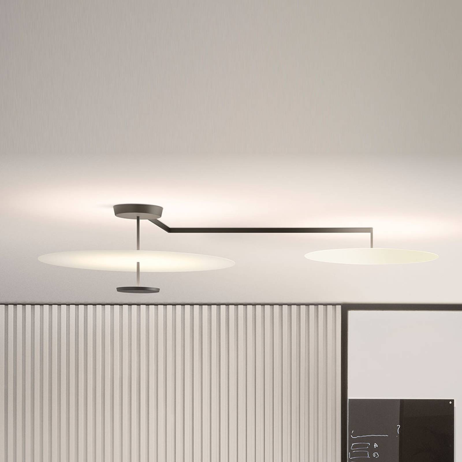 Vibia Flat LED-kattovalaisin 3-lamppuinen Ø 90 cm