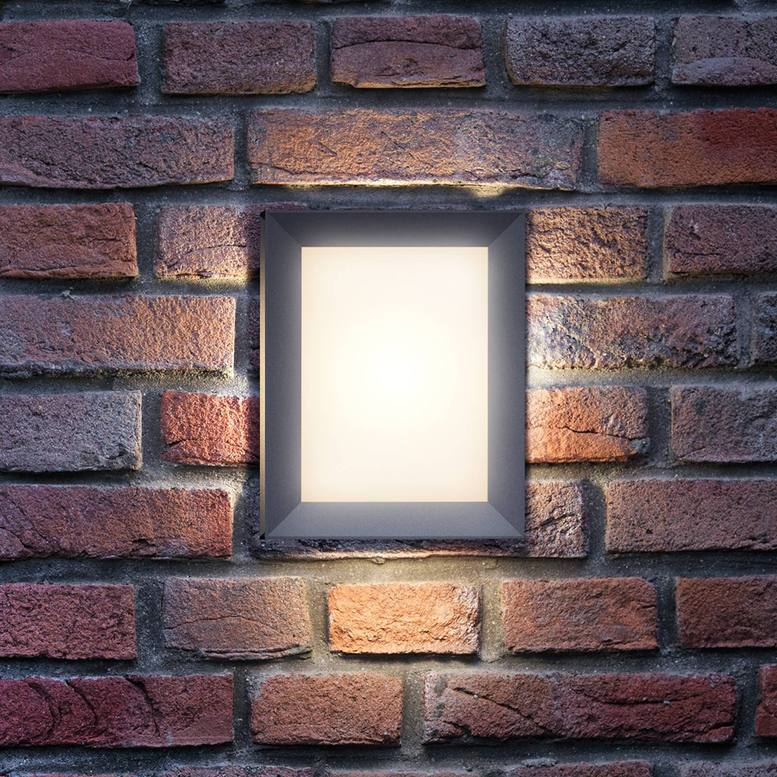 Suorakulmainen Karp-ulkoseinävalaisin LED-valolla