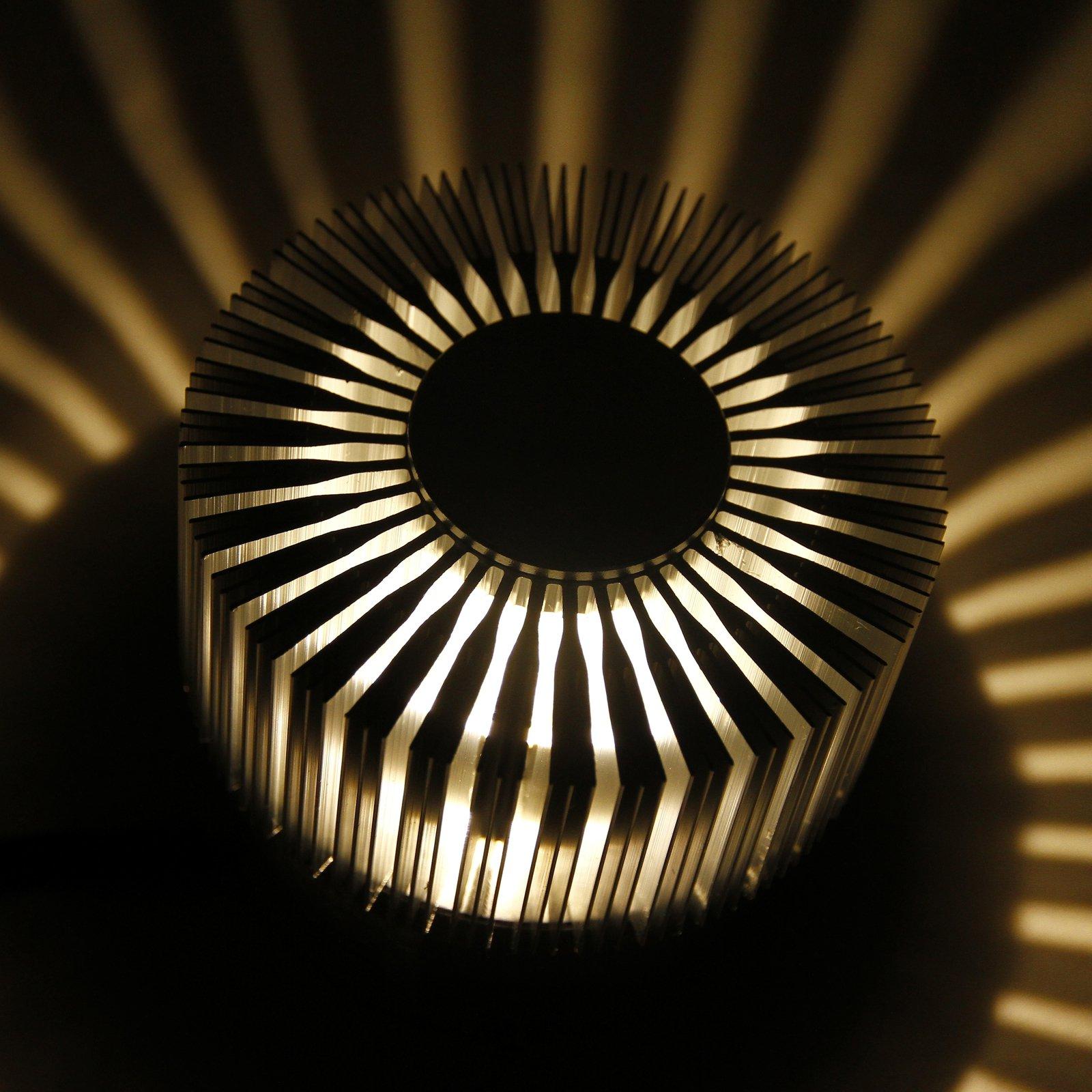 POWER-LED-vegglampe med enestående effekt