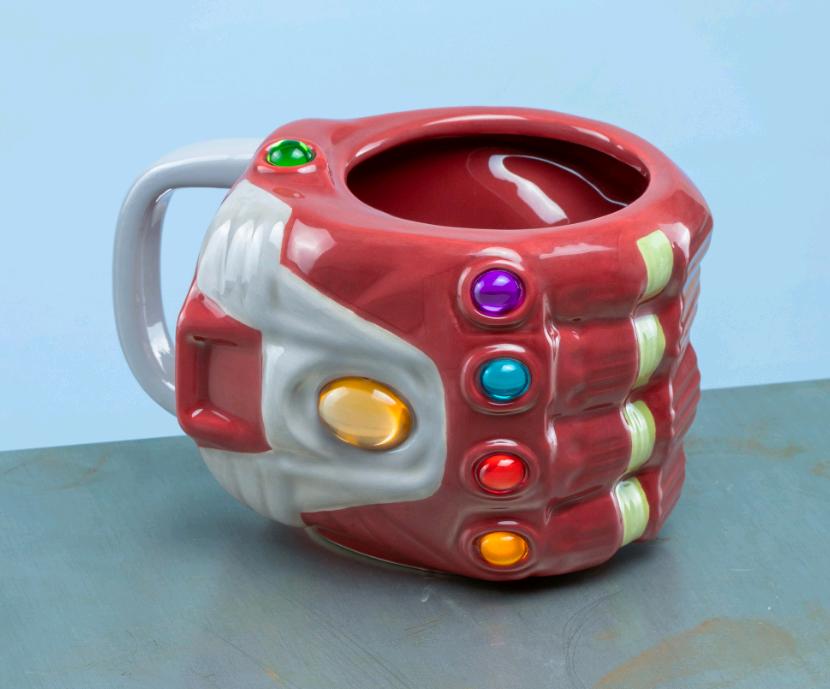 Marvel Avengers - Nano Gauntlet Shaped Mug (PP6599MAEG)