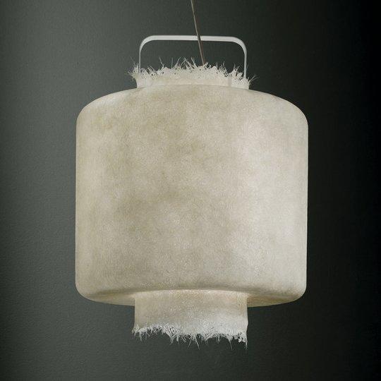 Valkoinen lasikuitu-LED-riippuvalaisin Kimono 50cm