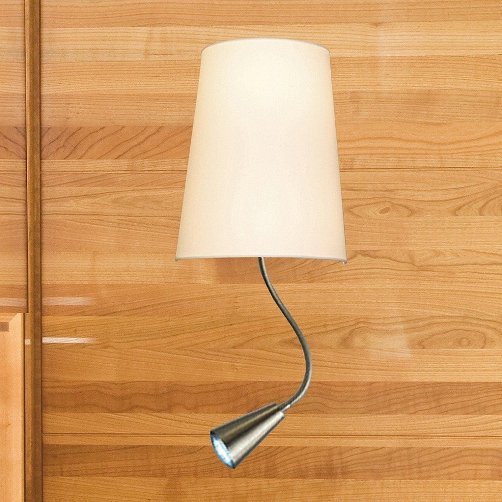 Chino vegglampe med integrert LED-leselys