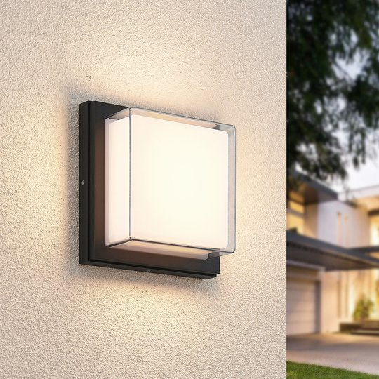 Lindby Aluki utendørs LED-vegglampe, kvadratisk