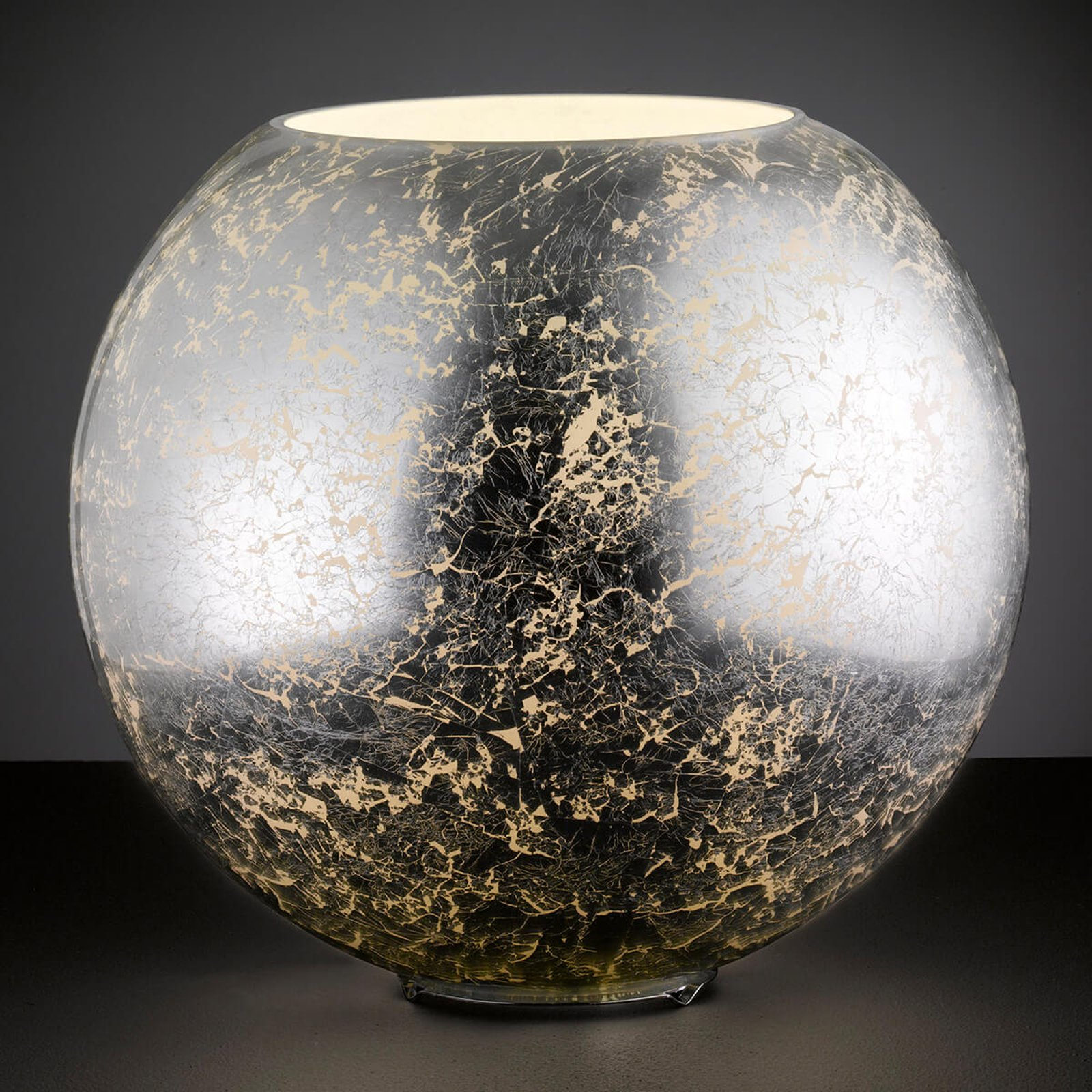 Sølvfarget glass-bordlampe Fara i kuleform
