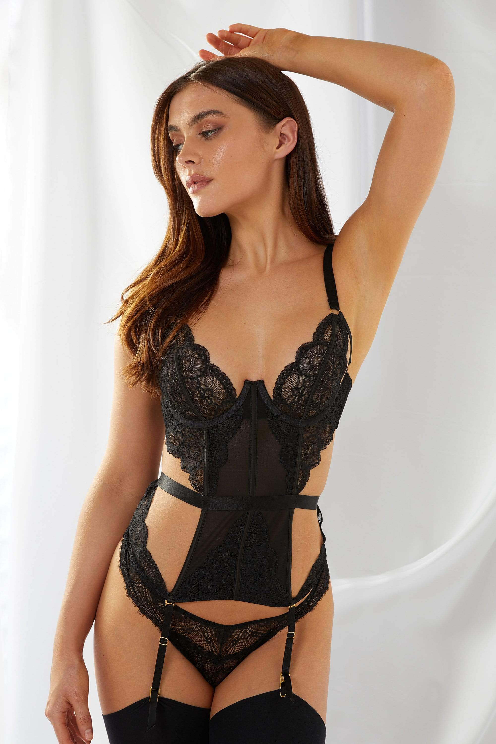 Wolf & Whistle Paola Black Lace Basque 32B