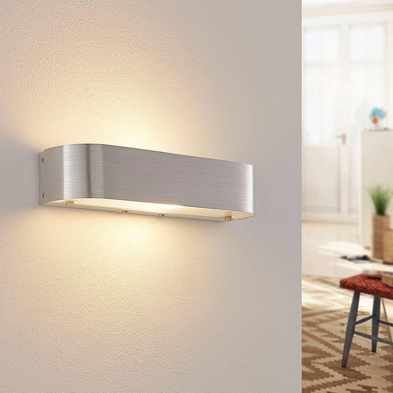 Vegglampe Nika av aluminium med E14 LED-pære