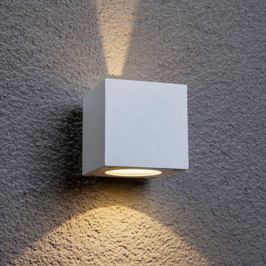 Valkoinen Jarno-LED-ulkoseinävalaisin, kuutio
