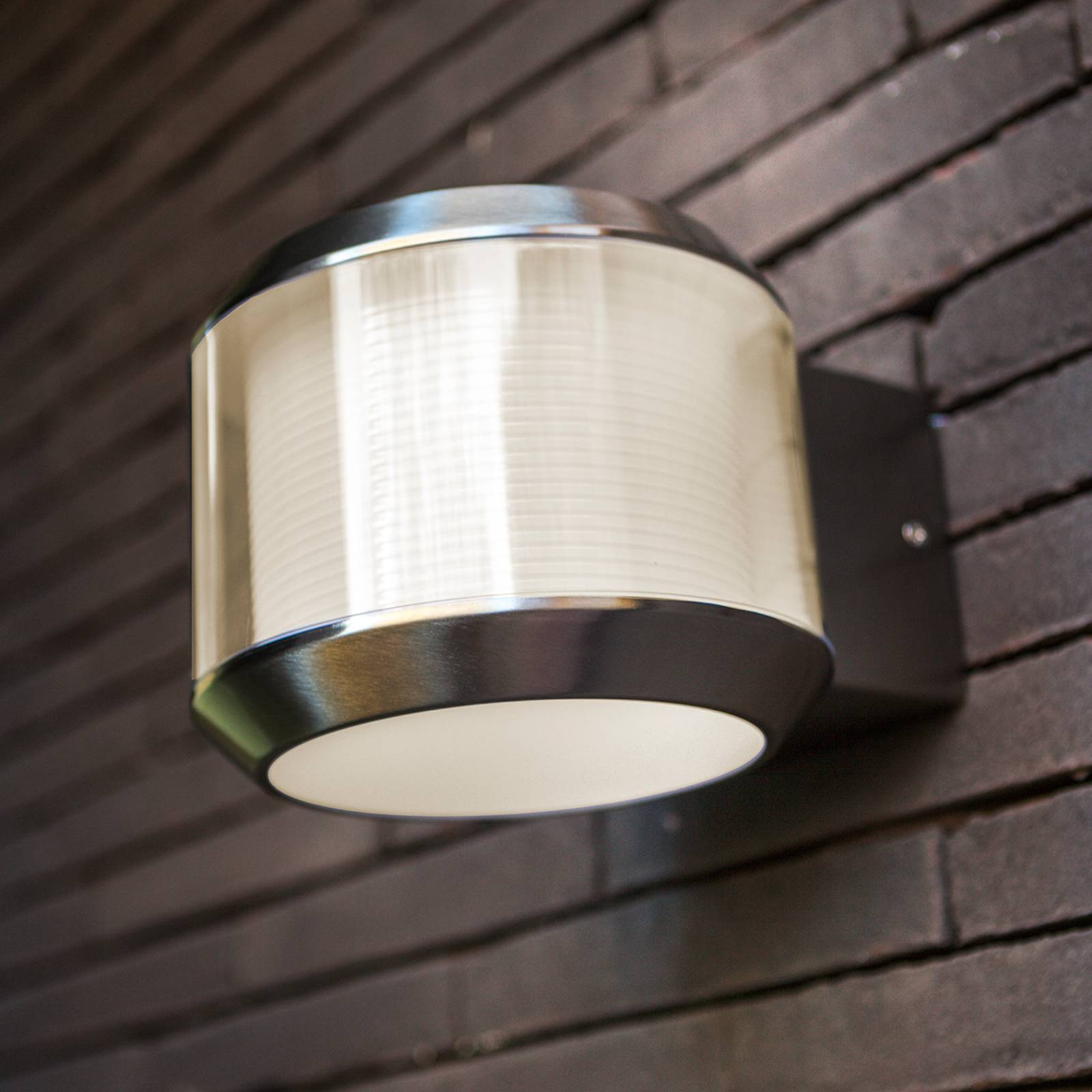 LED-ulkoseinälamppu Whisper
