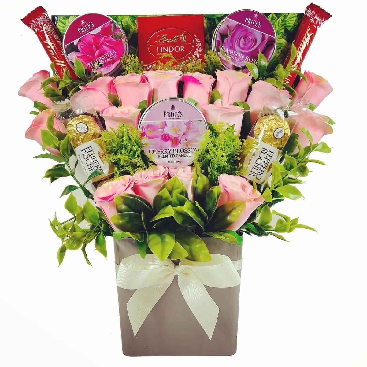 The Price's Candle and Pink Rose Bouquet