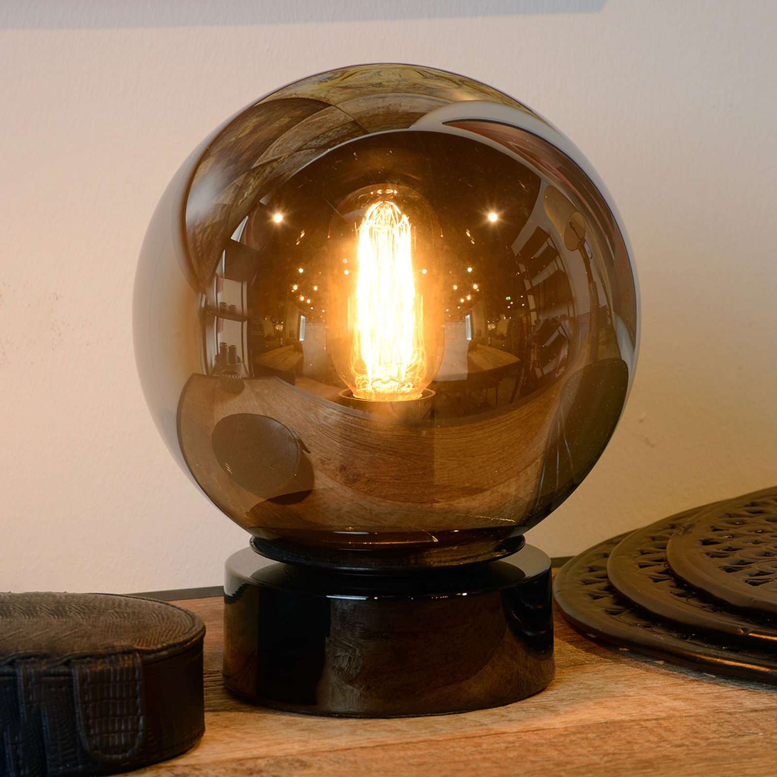 Jorit-pöytävalaisin lasia, pallovarjostin 20 cm