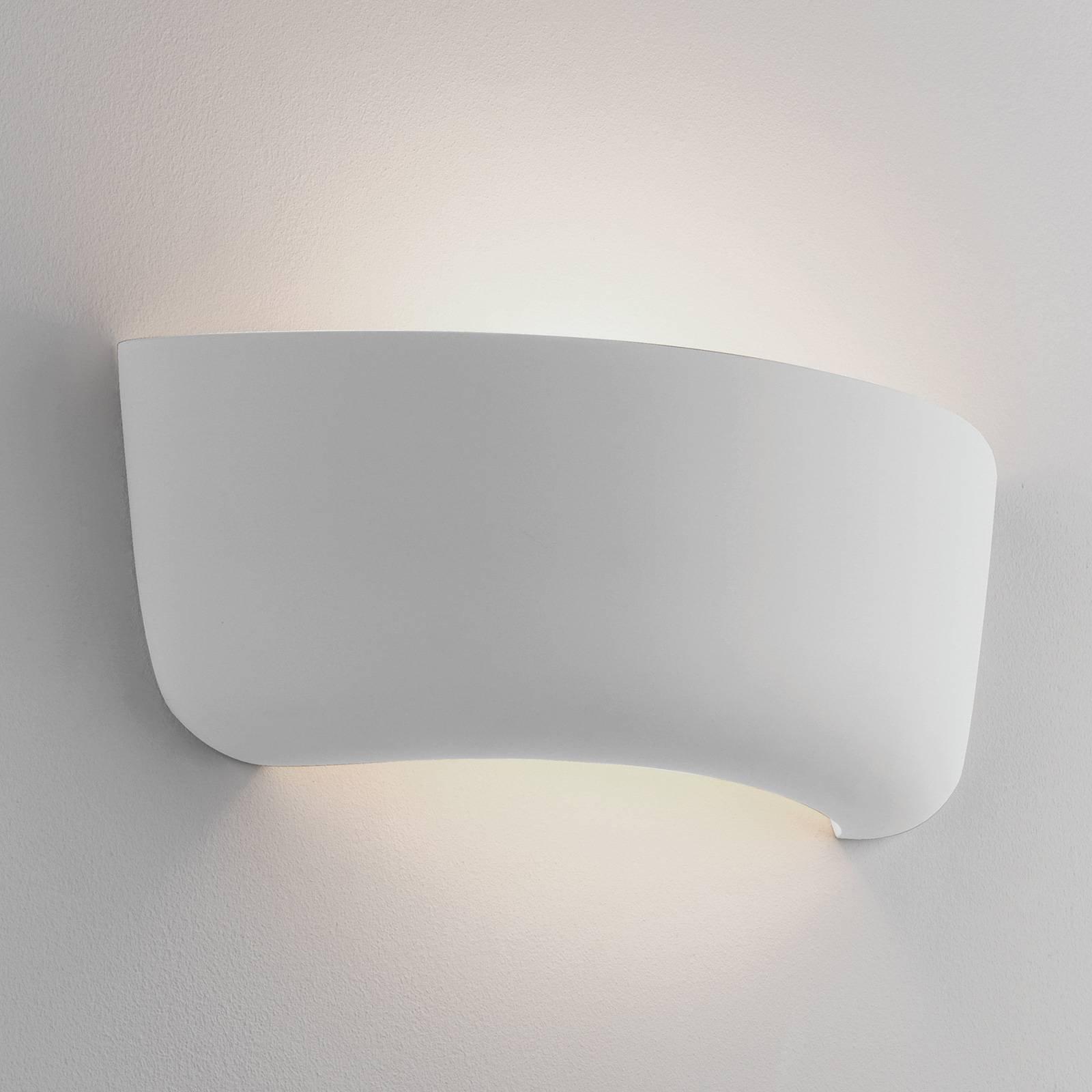 Astro Gosford 340 vegglampe av kermanikk, 34 cm