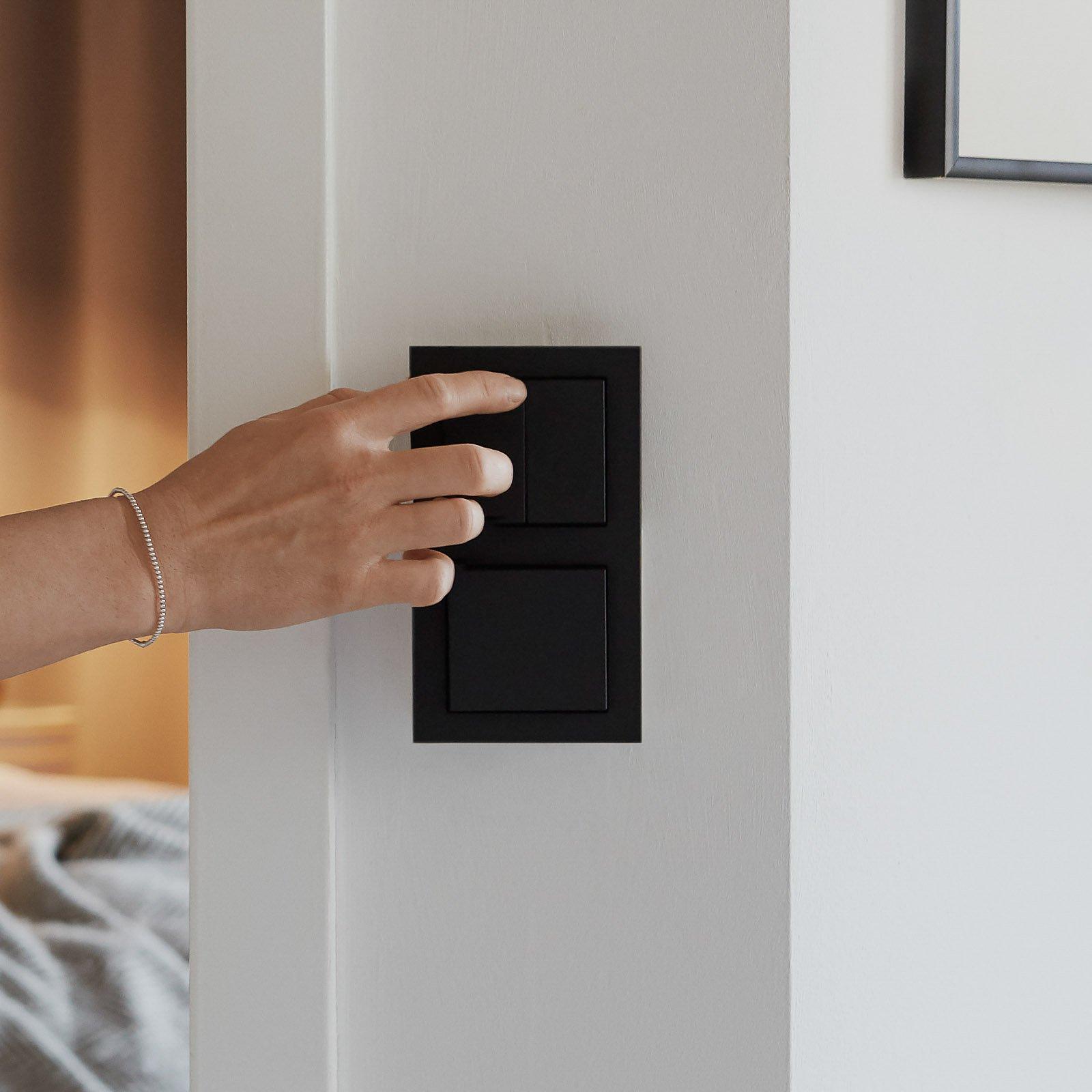Senic Smart Switch for Philips Hue, 3er svart matt