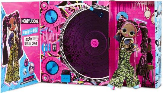 L.O.L. Surprise! OMG Remix Honey Bun doll