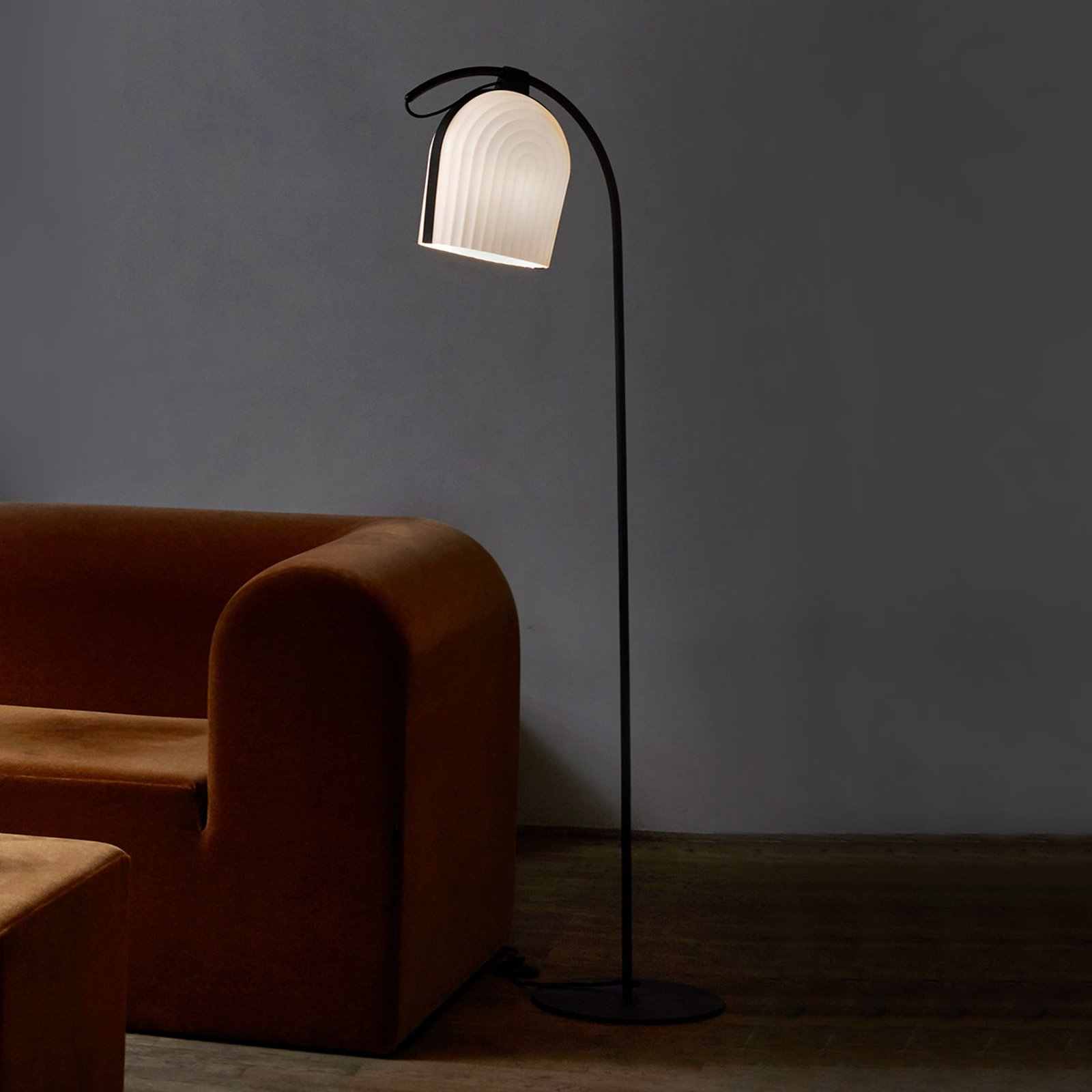 LE KLINT Arc - designer-gulvlampe, håndlaget