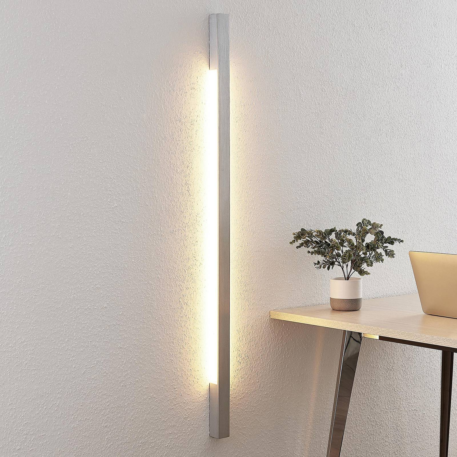 Arcchio Ivano -LED-seinävalaisin 130 cm, alumiini