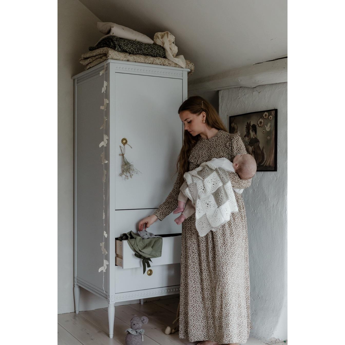 Garderob gustaviansk stil Gustavienne