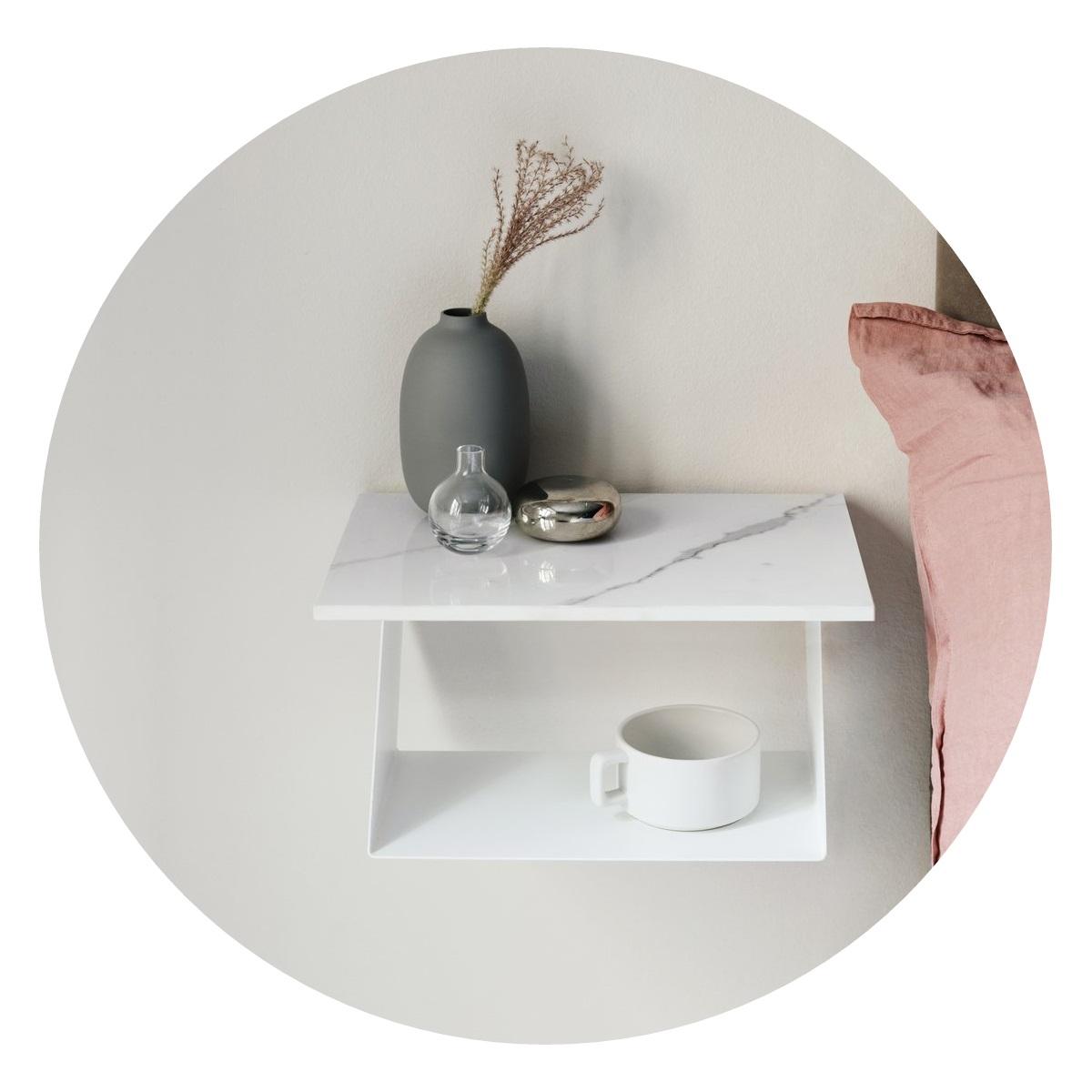 Vägghängt Sängbord Edgy vit / marmor, Maze