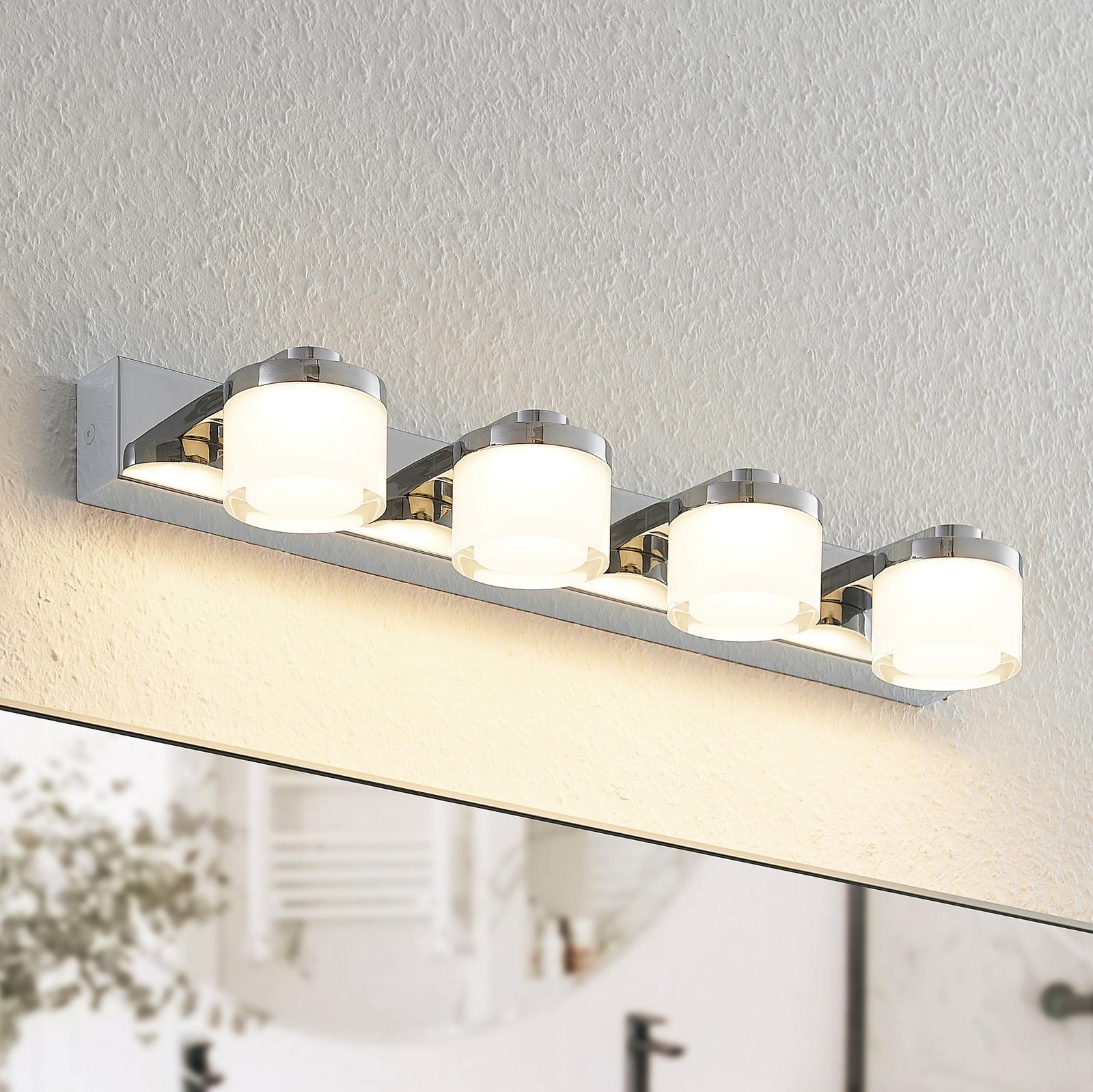 Arcchio Kejan -LED-seinälamppu IP44 4-lamppuinen