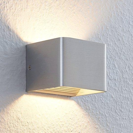 Nikkelinvärinen Lonisa LED-seinävalaisin