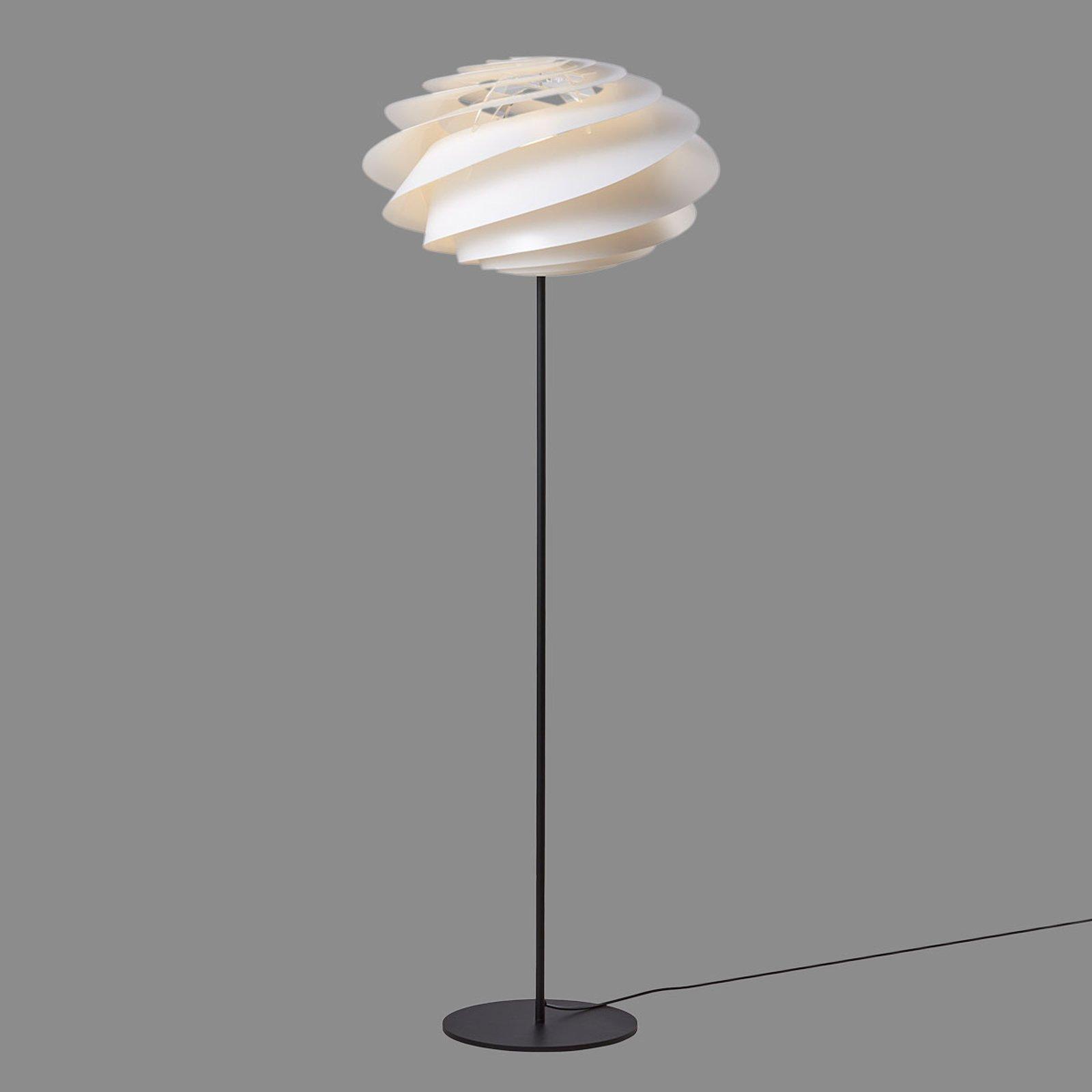LE KLINT Swirl - hvit designer-gulvlampe