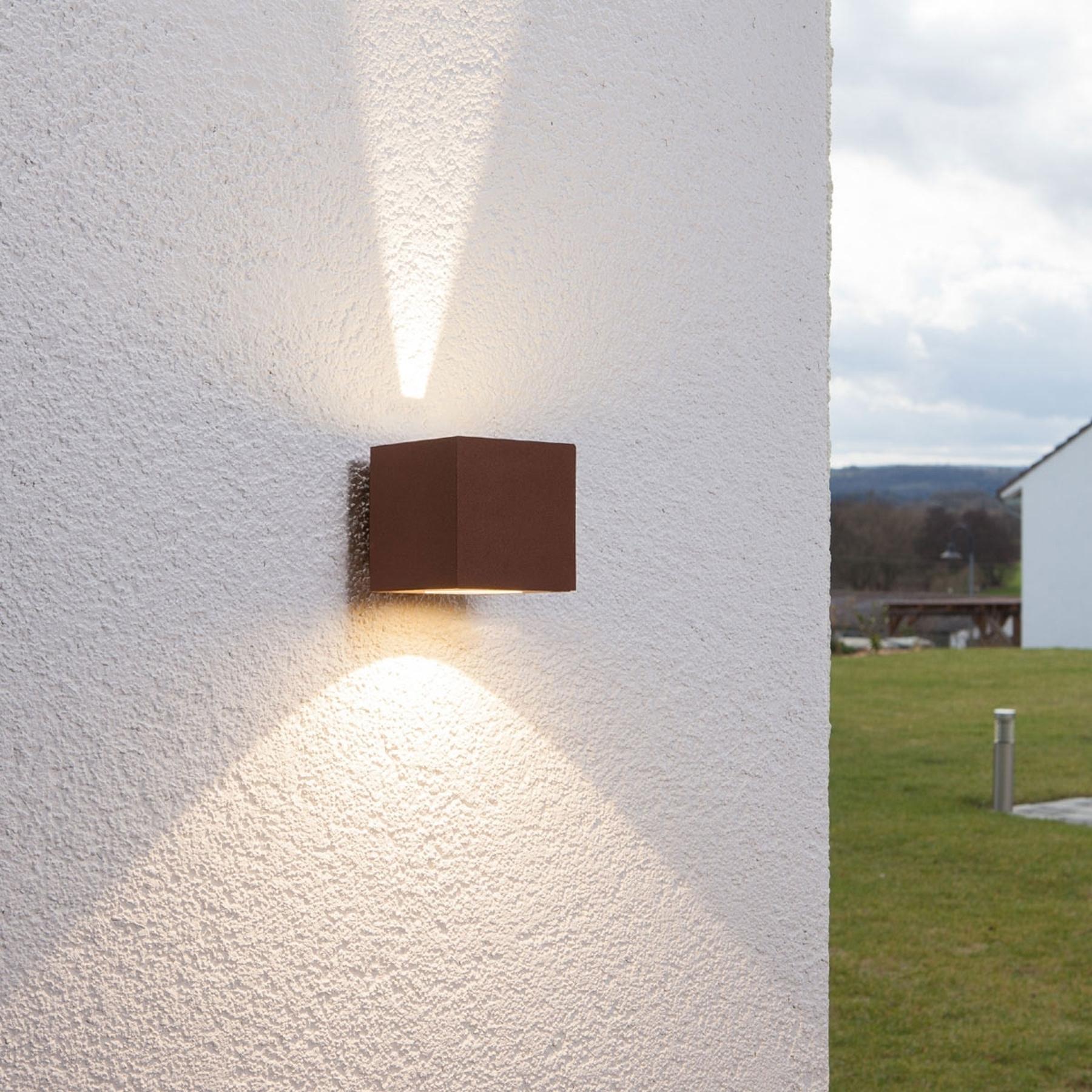 Ruosteenruskea LED-ulkoseinävalaisin Jarno, kuutio