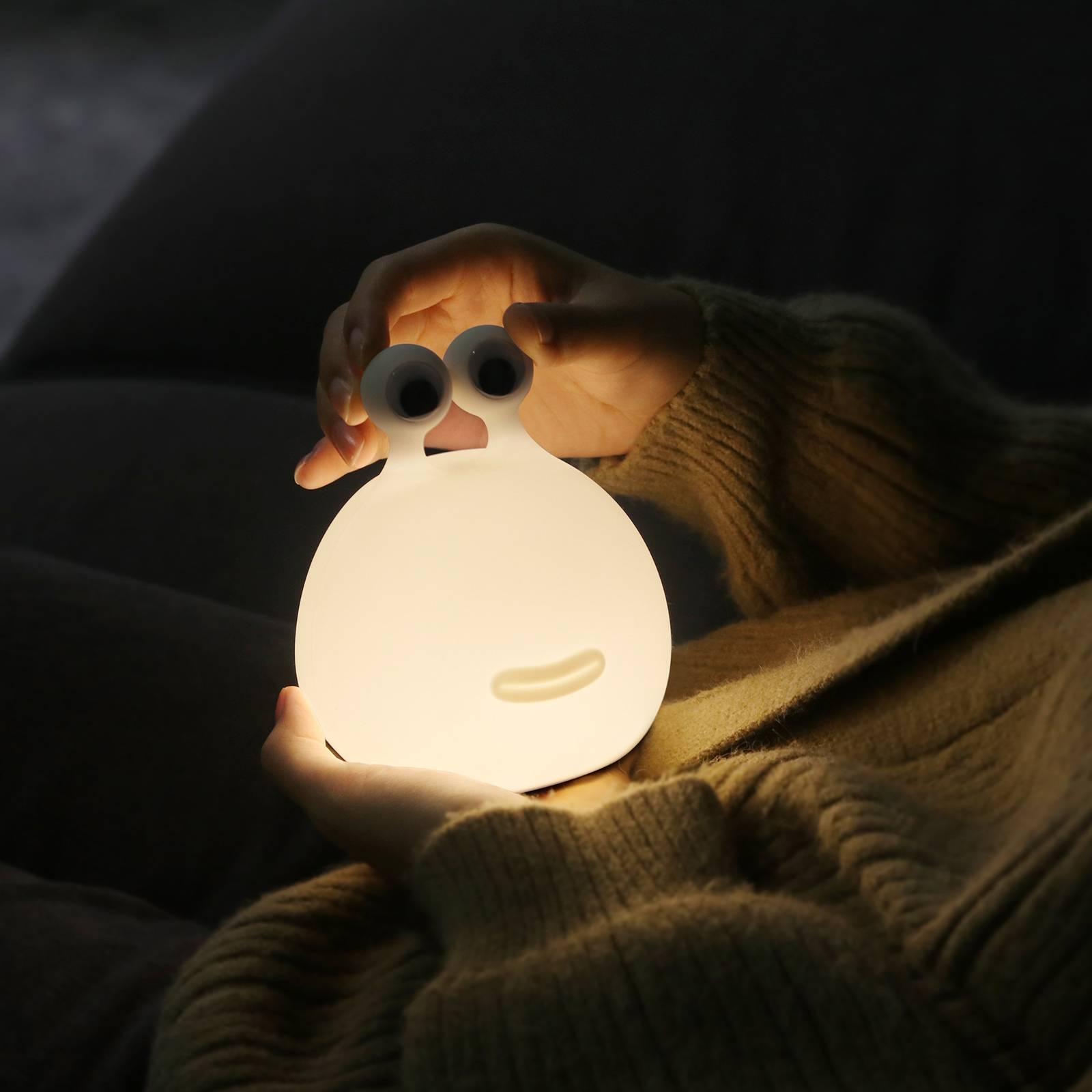 LED-yövalo Momo Moon, akku ja USB