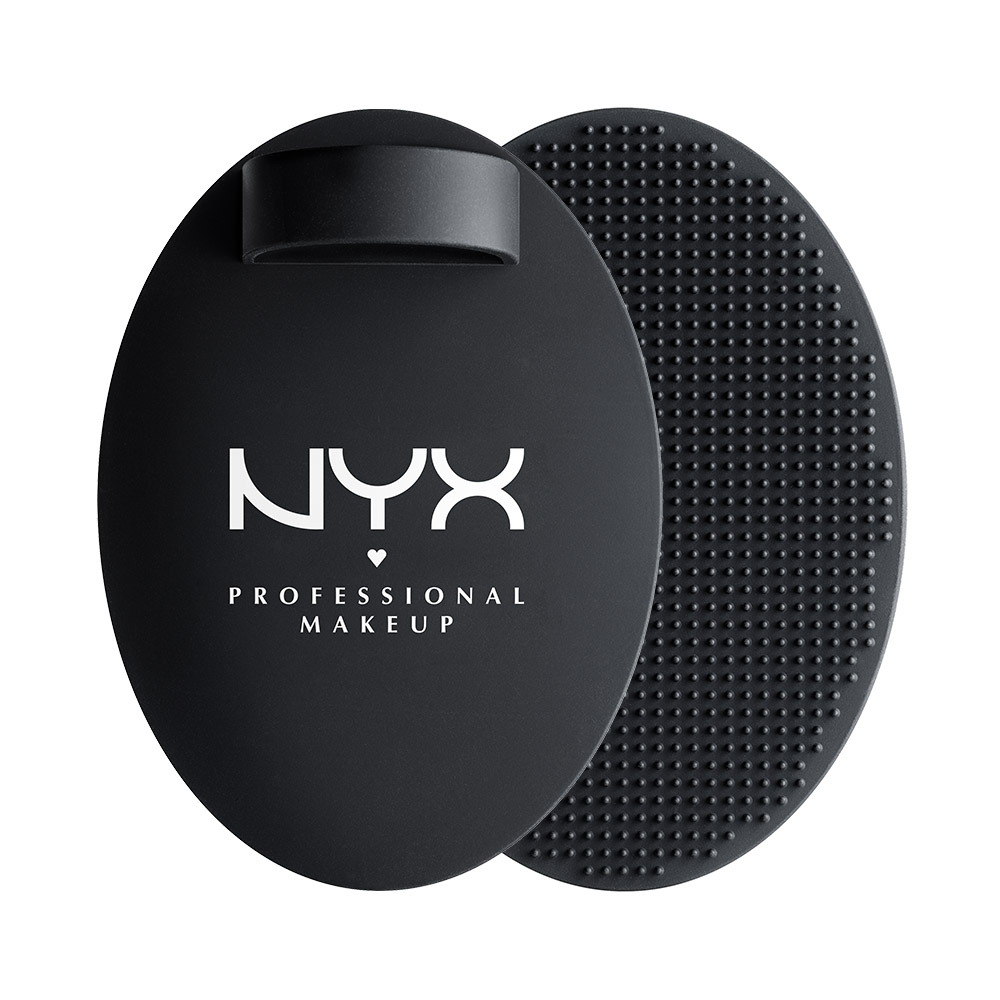 NYX Professional Makeup - On The Spot Brush Cleansing Pad
