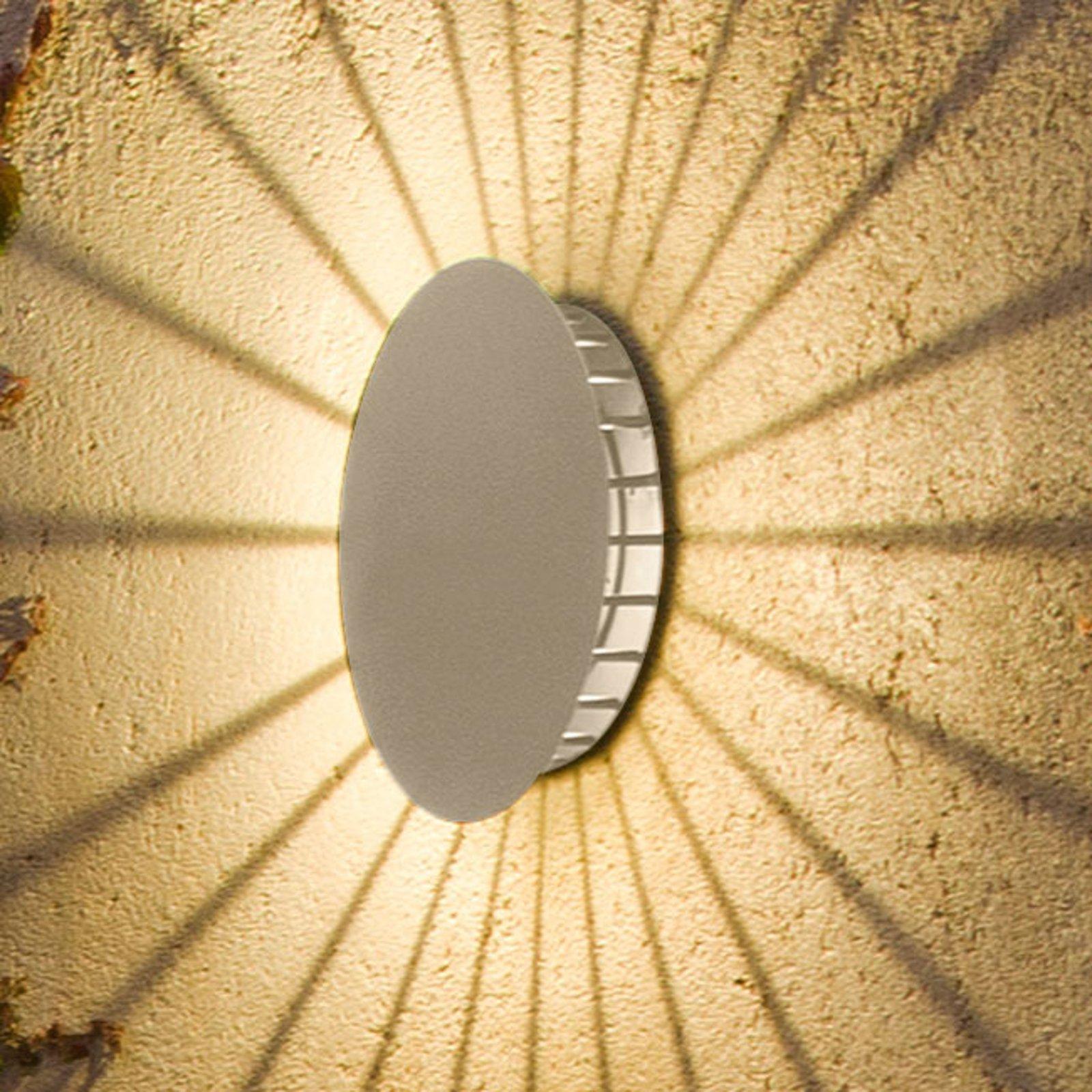 Vibia Meridiano 4720 utendørs vegglampe, kremhvit