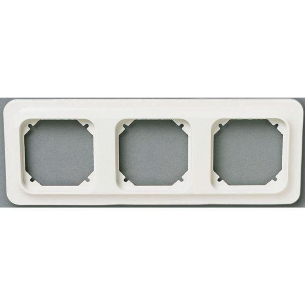 Schneider Electric Trend 183074200 Yhdistelmäkehys valkoinen 3-lokeroinen