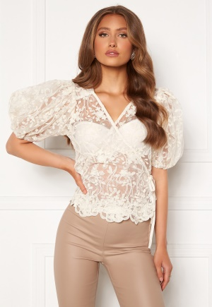ONLY Temple Lace Puff Top Creme S