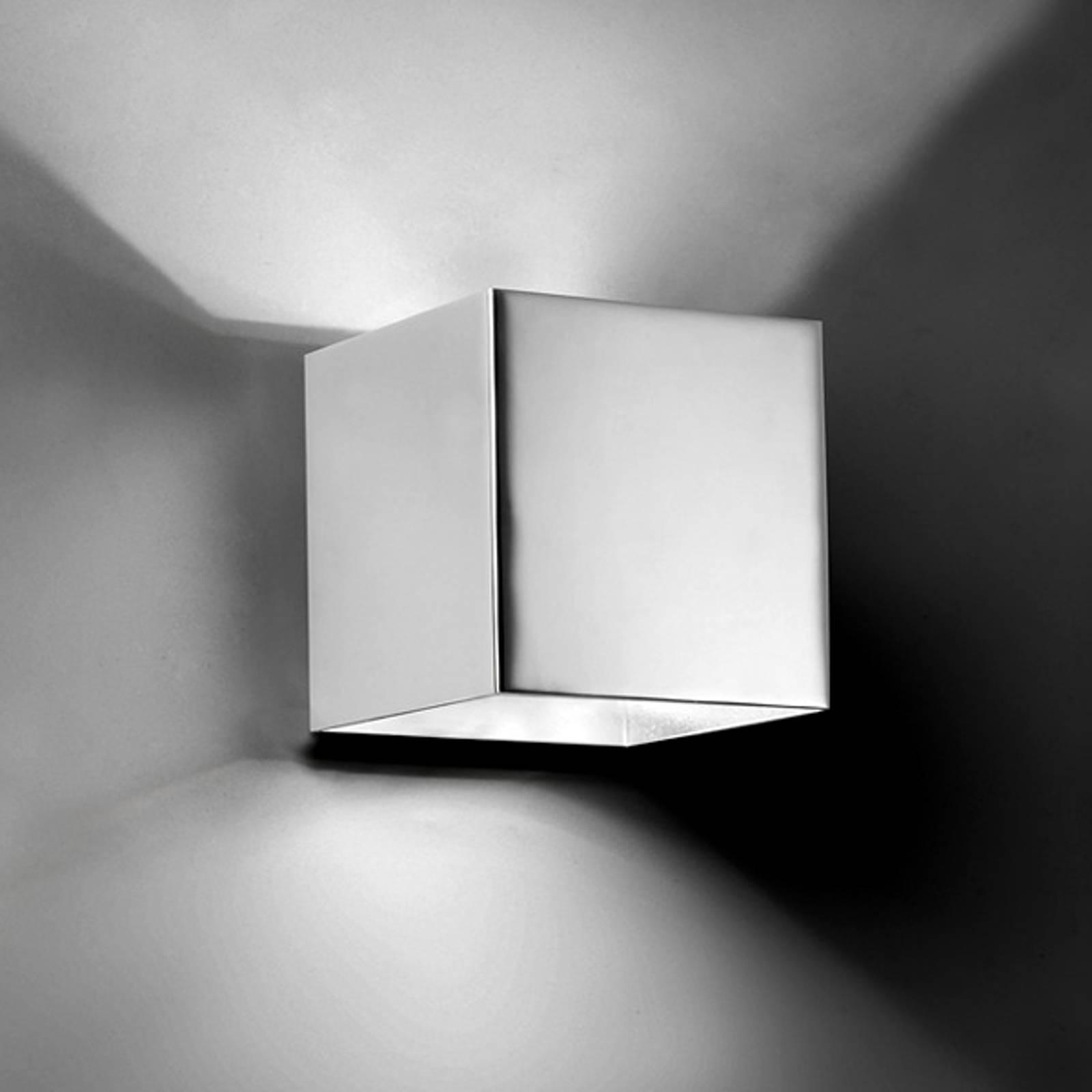 Neliömäinen LED-seinävalaisin Basic, kromi