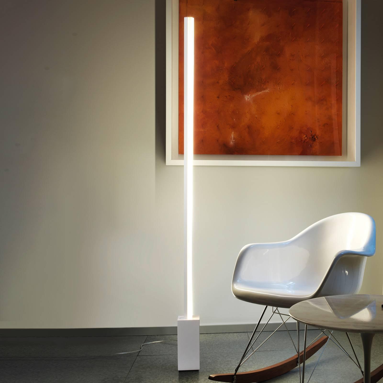 Grok Circ, LED-gulvlampe av aluminium med dimmer