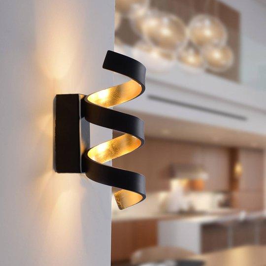 LED-vegglampe Helix, svart-gull, 26 cm
