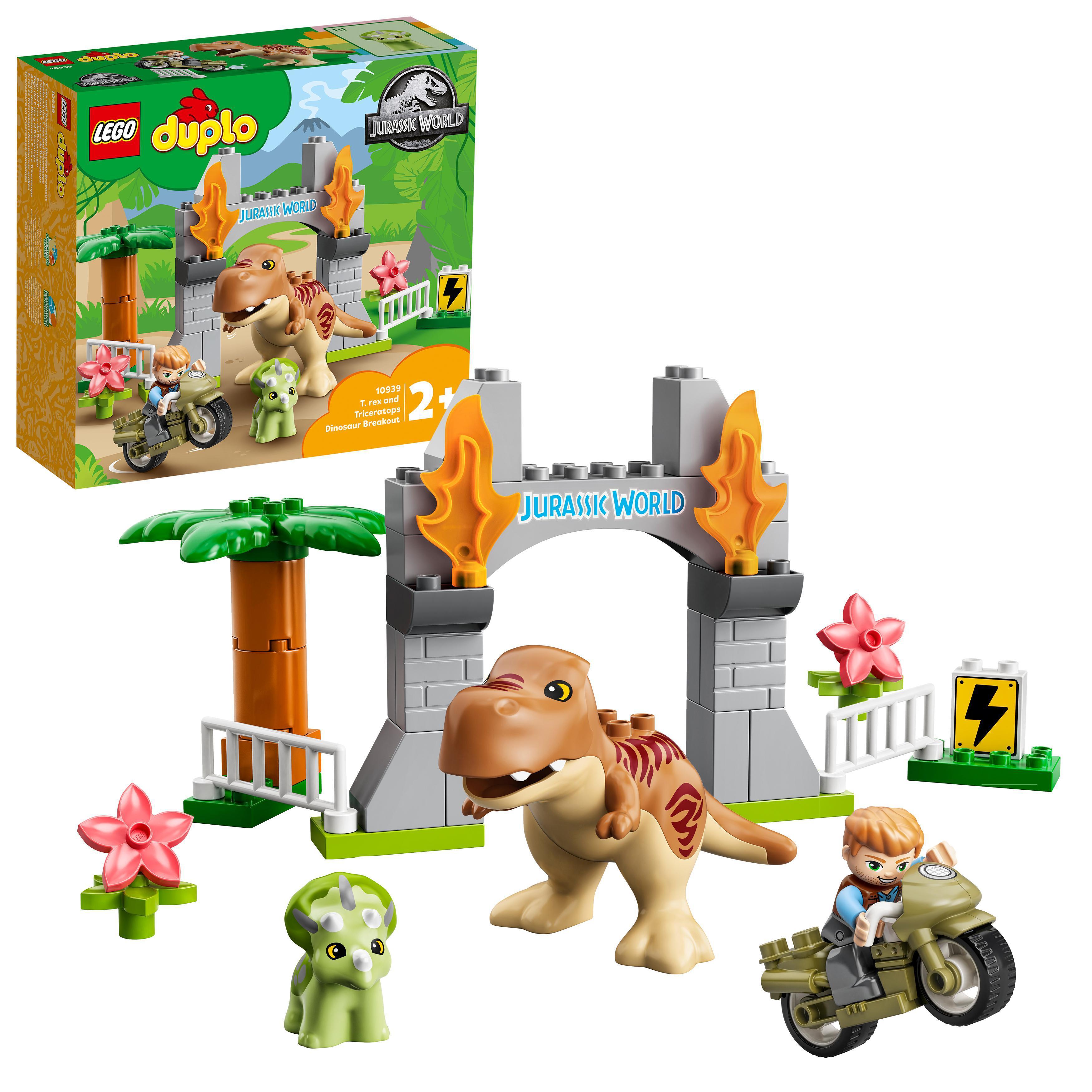 LEGO Jurassic World - T. rex and Triceratops Dinosaur Breakout (10939)