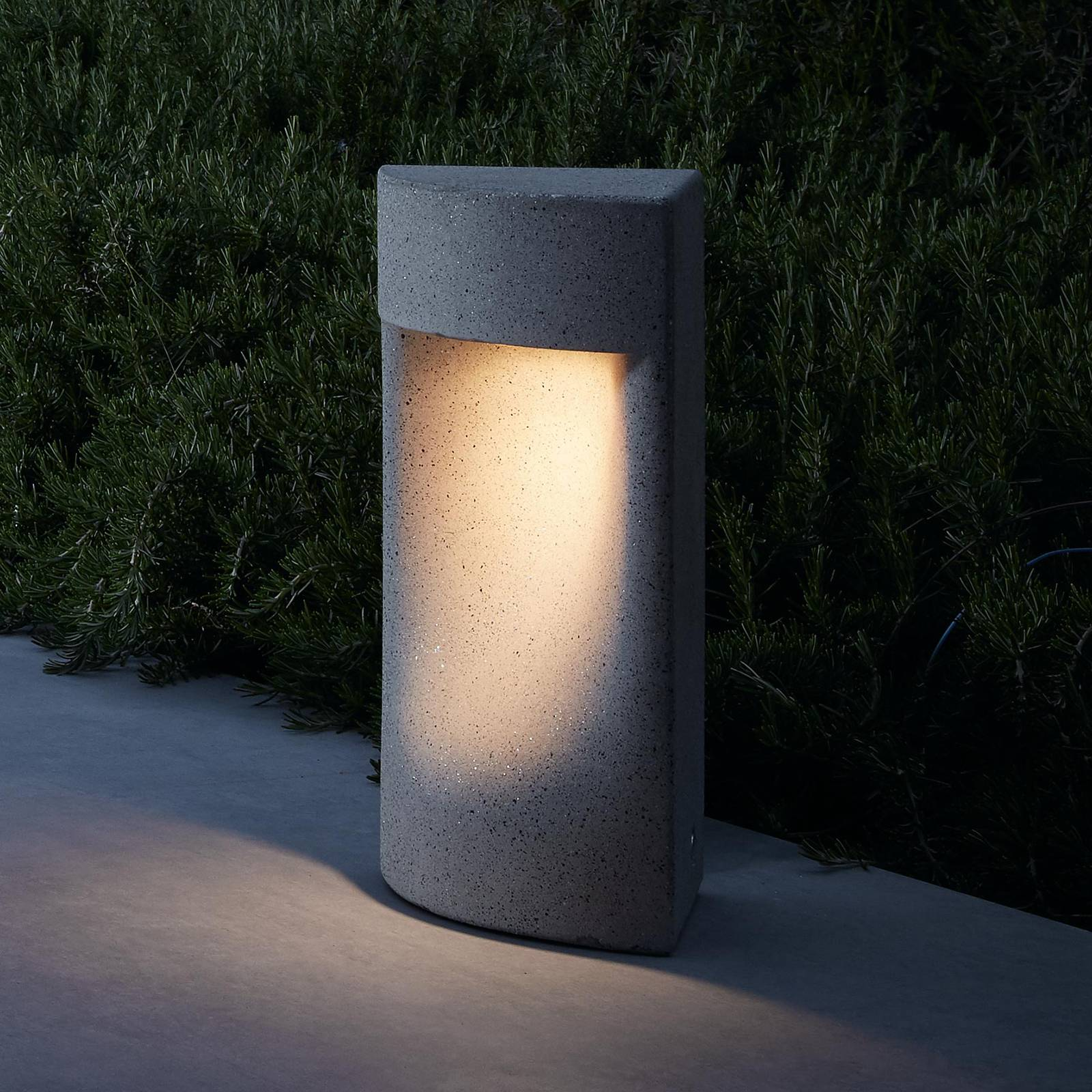Bover Moai B/35 LED-pollarivalaisin, korkeus 35 cm