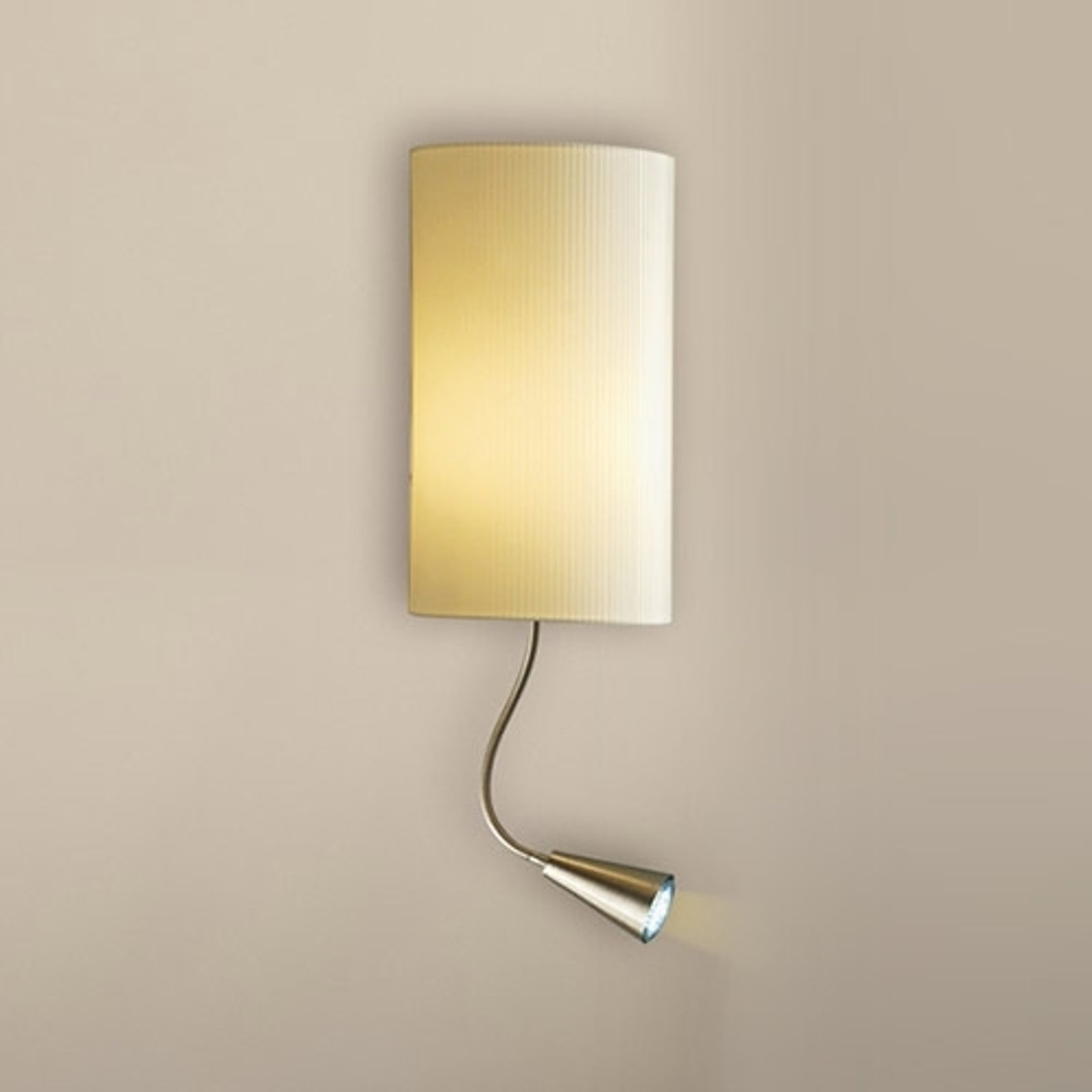 Vegglampe Benito med LED-lesearm