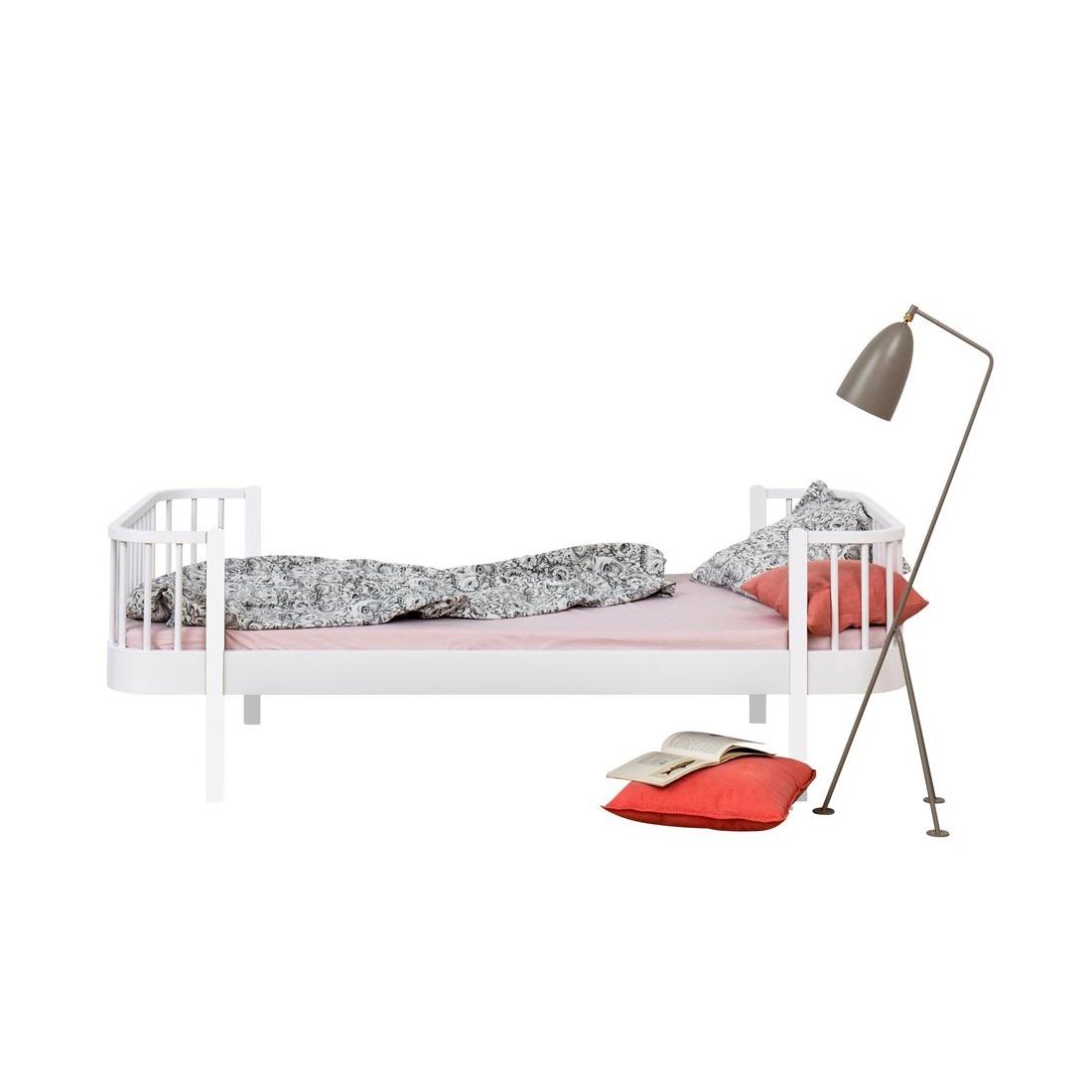 Säng Wood Collection vitlack, Oliver Furniture