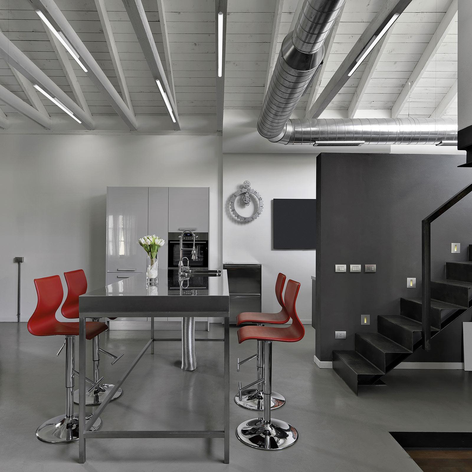 LED-kattovalaisin Sami Soffito, pituus 86 cm