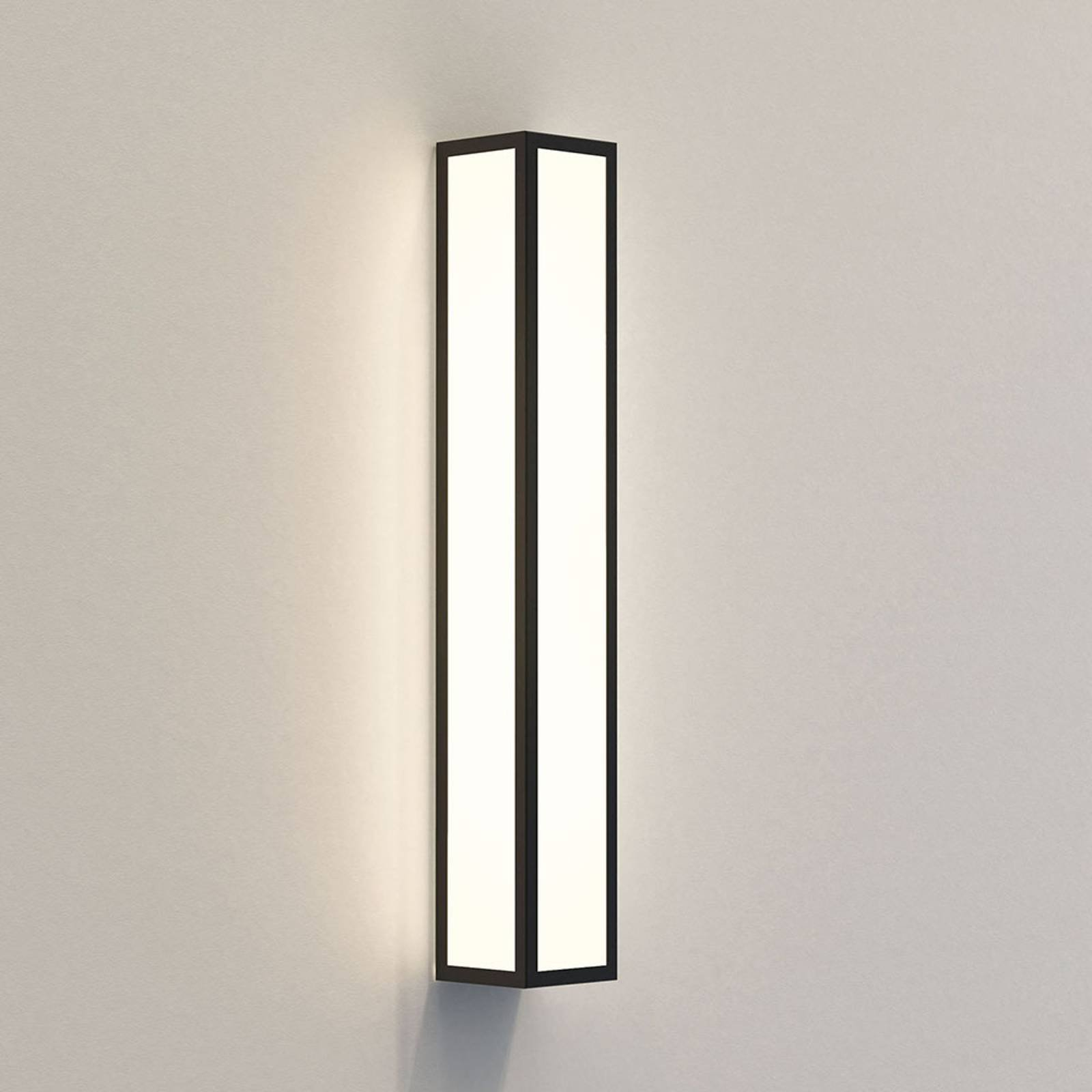 Astro Salerno 520 utendørs LED-vegglampe 52 cm