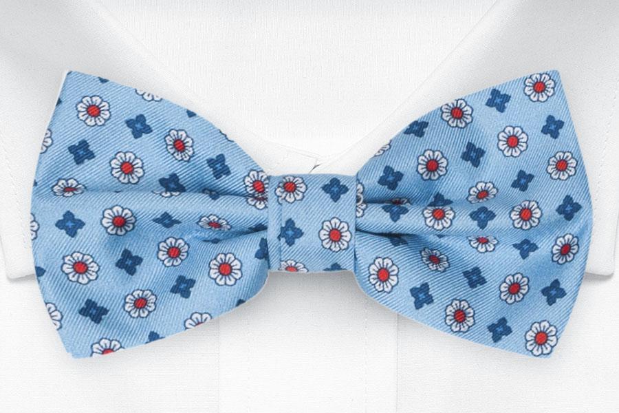 Silke Sløyfer Knyttede, Små stiliserte blomster på lyseblått, Blå, Blomstermotiv