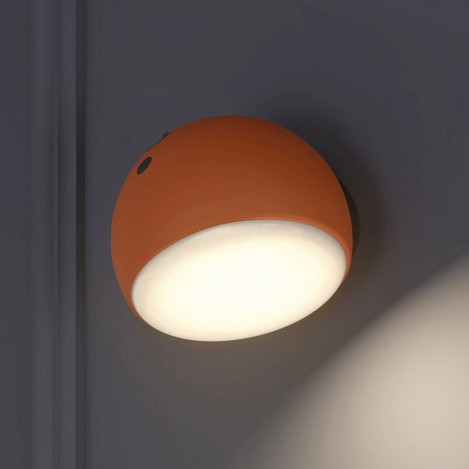 Arcchio Davir -LED-seinävalaisin, akku, orange