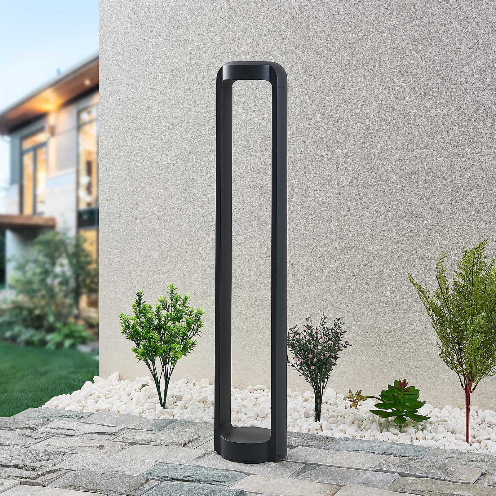 Lucande Habsa -LED-pylväsvalaisin, korkeus 80 cm