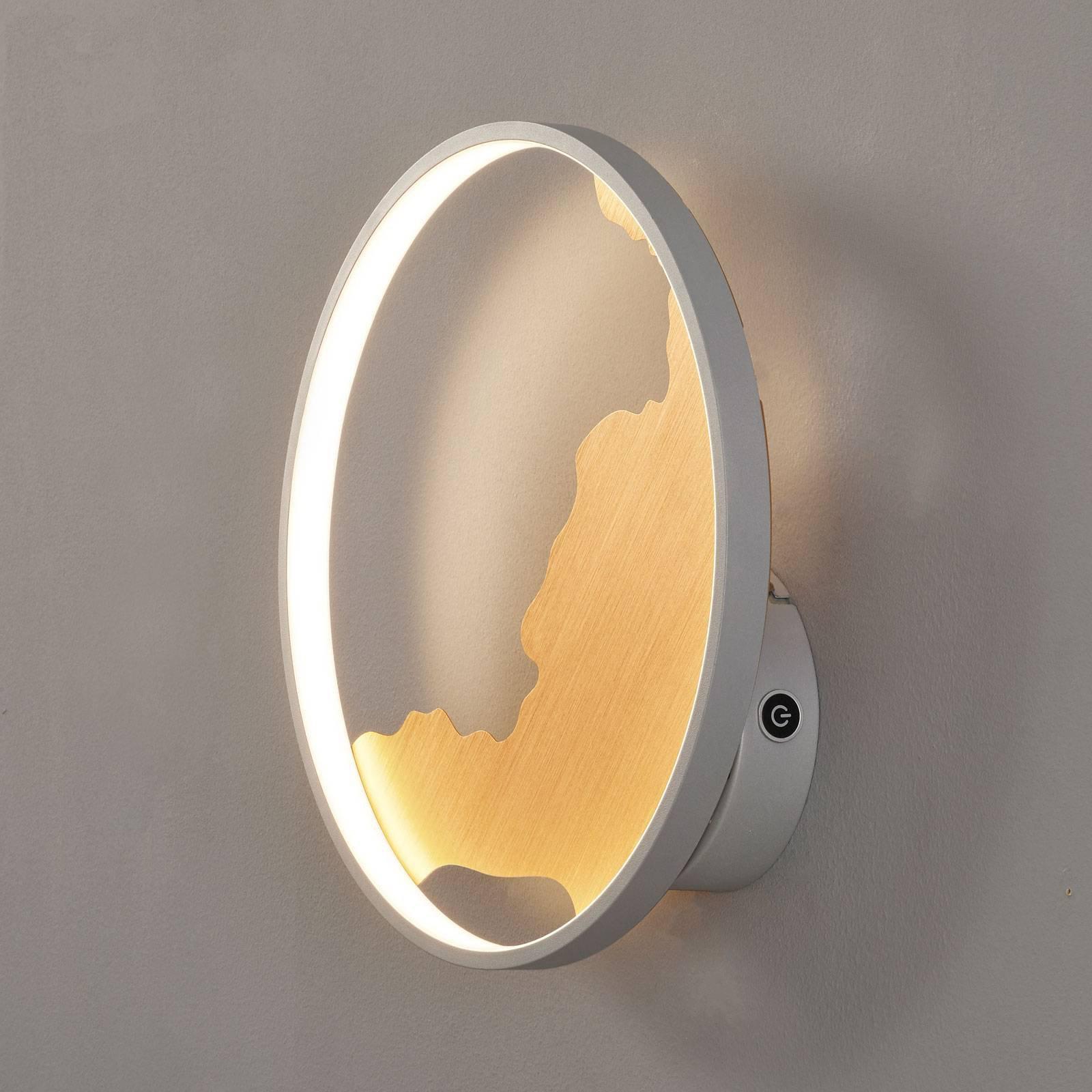 LED-vegglampe Modesto med gulldekorasjon